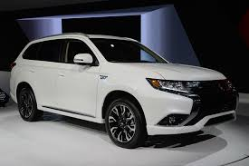 outlander mitsubishi 2017 2017 mitsubishi outlander phev new york 2016 photo gallery autoblog