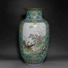 Ming Dynasty Vase Value Chinese High Antique Reproduction Qing Dynasty Ceramic Porcelain