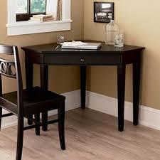 corner desks for small spaces wonderful best 25 small corner desk ideas on pinterest window desk