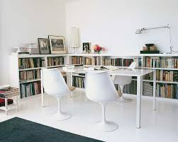 Bookshelves Small Spaces by Best 25 Low Bookcase Ideas On Pinterest Low Shelves Bookshelf