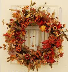 amazon com valencia red berry autumn silk wreath home u0026 kitchen