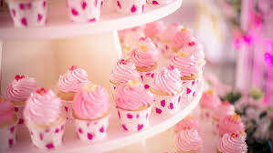 bizarre baby shower cakes