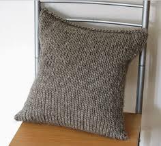 simple seamless cushion cover allfreeknitting com