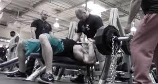 Crazy Bench Press Bodybuilding Bench Press Vs Powerlifting Bench Press Body Spartan