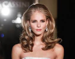 glamour hairstyles medium length hair effortlessly cool medium length hairstyles to try now