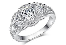 difference between engagement ring and wedding band difference between engagement and wedding rings for