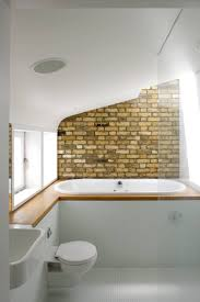Little Bathroom Ideas by Best 25 Brick Bathroom Ideas Only On Pinterest Brick Veneer