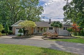 awesome mother daughter homes for sale in nj 10 homes for sale