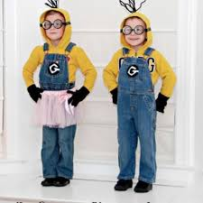 Despicable Halloween Costumes Despicable Minion Costumes Halloween Costume Ideas Tip Junkie