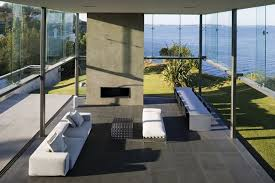 Glass Box House A Double Height Glass Box Overlooking The Ocean By Fearon Hay