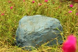 Glow In The Dark Garden Rocks by How To Make Fake Rocks With Concrete With Pictures Wikihow
