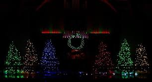12 places to catch christmas lights in greater cleveland this