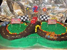 coolest homemade racetrack cakes