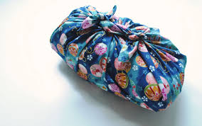 furoshiki u2013 japanese eco friendly gift wrapping oh my omiyage