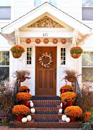 Fall Garden Decorating Ideas Outdoor Fall Decorating With Mums Midwest Living