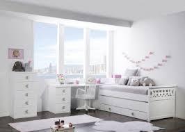 chambre enfant avec bureau espace bureau d enfants avec rangement design par asoral