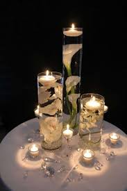 composizione di candele centrotavola elegante candele galleggianti centrotavola