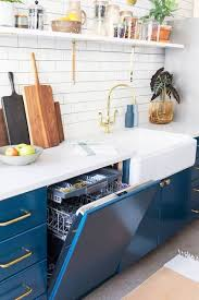 how to choose a kitchen faucet how to choose the right kitchen faucet