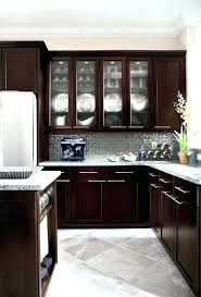 cleaning kitchen cabinets with vinegar cleaning wood kitchen cabinets with vinegar best way to clean wood