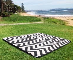 Large Outdoor Camping Rugs by Decor U0026 Tips Roll Up Picnic Blanket With Waterproof Picnic
