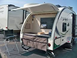 2015 R Pod Floor Plans by 2015 R Pod 182g Travel Trailer 182 Bruce Griffons Trailer Town
