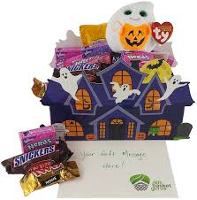 Halloween Candy Gift Basket by Halloween Trick Or Treat Gift Baskets Halloween Wikii