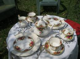 country roses tea set royal albert country roses china tea set katherine tea