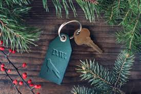 personalized keychain party favors custom personalized leather keyring initials key chain