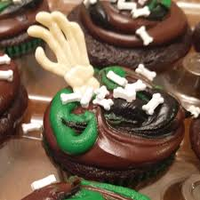Halloween Cup Cakes by Halloween Cupcakes