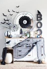 diy glam halloween wreath eighteen25