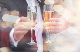 wedding toast 5 sparkling wines that are for your wedding toast instyle