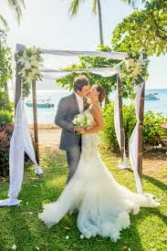 wedding arches cairns fitzroy island elopement from germany elopements