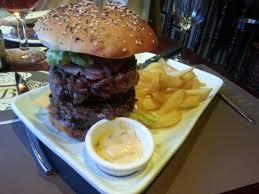 le bureau epinal colossal burger picture of au bureau epinal tripadvisor