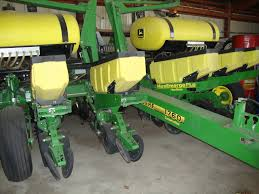 John Deere Planters by Jd 1760 Planter Sold For Near Record Auction Price