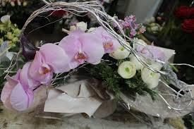 bouquet de fleurs roses blanches compositions fleuriste louloudakiss nice