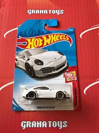 matchbox porsche 911 gt3 porsche 911 gt3 rs 47 white 2018 wheels case b grana toys