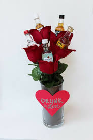 Valentine S Day Gift Ideas For Her Pinterest by Best 20 Alcohol Gift Baskets Ideas On Pinterest Alcohol Gifts