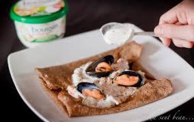 boursin cuisine ail et fines herbes recette galette de blé noir et molues marinières au boursin