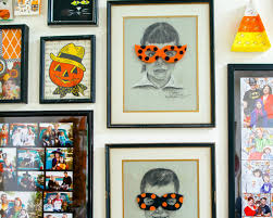 How To Make Hanging Halloween Ghosts How Tos Diy by How To Make A Felt Mask To Hang On A Portrait For Halloween Diy