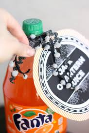 Printable Halloween Drink Labels by Diy Halloween Party Printables The Pretty Life Girls