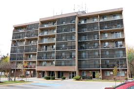 1 Bedroom Apartments In Windsor Ontario Janisse Tower Apartment For Rent In Windsor