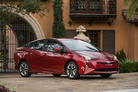 t0y0ta cars 2017 eco friendly car of the year toyota prius