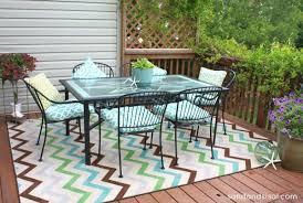 create an outdoor room sand and sisal