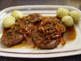bayerische küche rezepte rezept zwiebelrostbraten nach alfons schuhbeck huettenhilfe de