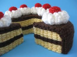 free patterns crochet cake sachets
