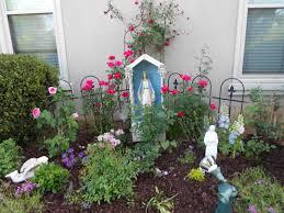 Grandma Backyard House 105 Best Holy Mother Mary Garden Images On Pinterest Prayer