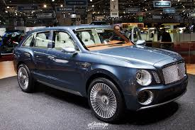 bentley driveway men like what is big and beautiful bentley suv is big and