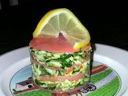 cuisiner le saumon fumé recette de 1000 feuilles de saumon fumé au surimi
