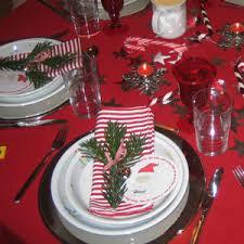 tisch und tafeldekorationen für weihnachten