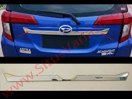 Daihatsu Sigra Trunk Lid Cover Chrome trunk lid chrome sigra aksesoris variasi mobil at situsvariasi